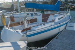 Ericson 35 MKII-34.jpg