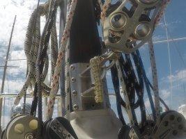 vang mast fitting Ericson 38.JPG